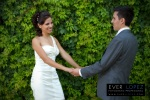 fotos de novios en jardines, fotografias de boda en mexico, poses novios para fotos de boda guadalajara, ideas de fotos creativas para boda guadalajara
