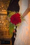 fotografo de bodas guadalajara jalisco mexico templo aranzazu gdl zapopan ramo de novias flores naturales rosas con pedreria cristales