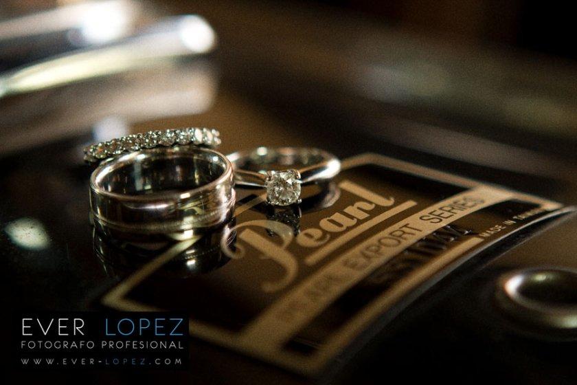 destination wedding photographer best artistic photos rings