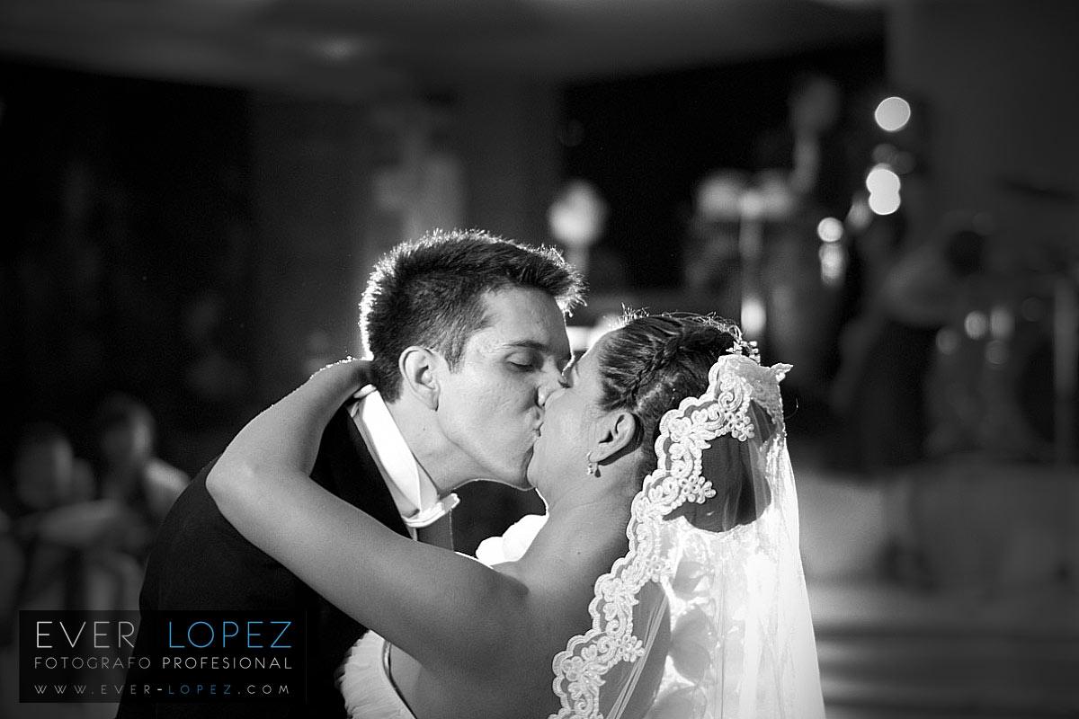 fotos de novios guadalajara boda