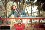 fotos de bodas en guadalajara jalisco mexico novios casuales en parque con juegos