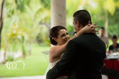 fotos formales de bodas en guadalajara jalisco mexico fotografos de bodas guadalajara zapopan mexico la cabaña del lago terraza de eventos puente grande jalisco