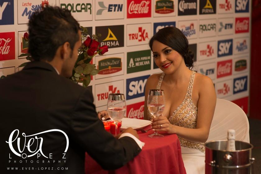 cena sala de prensa futbol estadio victoria aguascalientes mexico boda novios fotos formales pre boda Ever Lopez fotografo profesional