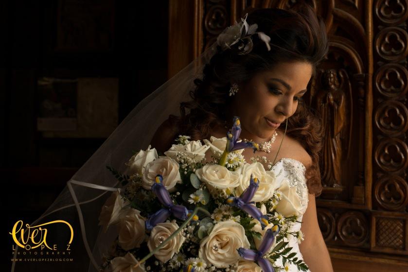 fotografo profesional de bodas en Ameca Jalisco Mexico fotos novios misa fiesta casuales informales www.everlopezblog.com retrato novia fotografias templo