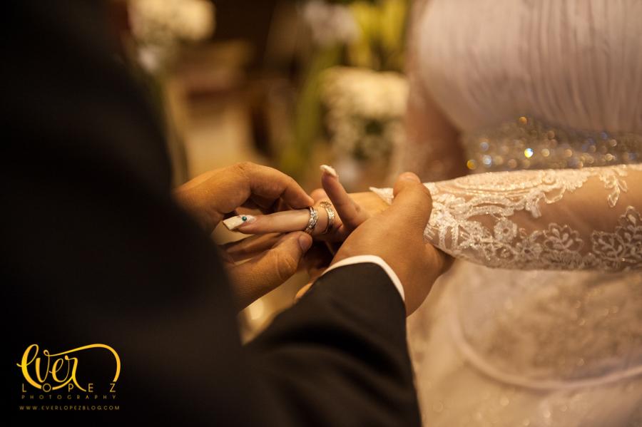 fotografia profesional guadalajara jalisco boda en el templo de la parroquia ameca jalisco anillos novia novio accesorios ramo