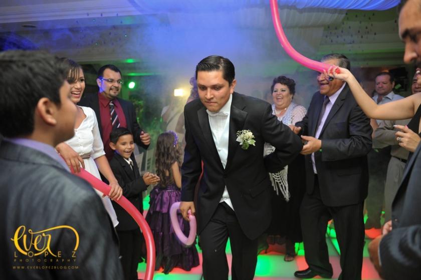 fotografia profesional ameca jalisco novio novia traje del novio vestido de la novio fiesta lugares para la recepcion de boda