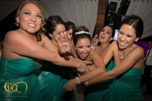 novia baile la macarena guadalajara salon de eventos, fotos, novios, novia, mexico, damas de honor, vestidos para damas, verde esmeralda, fotos