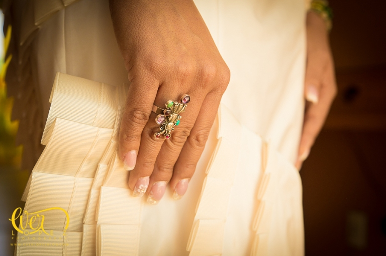 anillo de compromiso de la novia, anillo diseño mexicano, diseño de anillos para boda, anillos de compromiso, fotos arreglo de la novia