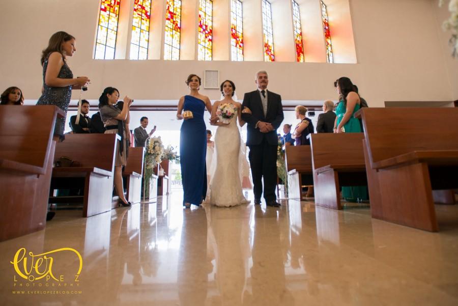 Fotos boda templo Maria Madre Nuestra, recepción boda Club Valle Real, fotografo de bodas en Guadalajara EverLopez
