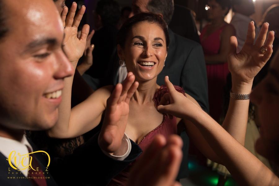 fotos boda Valle Real, fotografo de bodas guadalajara zapopan jalisco mexico, fotografos de boda en Mexico, www.everlopezblog.com fotos boda club jacarandas valle real dj musica para bodas mariachi bodas civiles templo maria madre nuestra valle real zapopan frente a coca cola www.everlopezblog.com