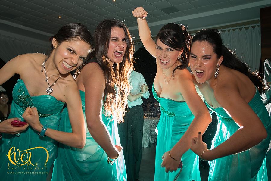 Fotos con las damas de honor vestidos verdes fotografo de boda guadalajara jalisco mexico