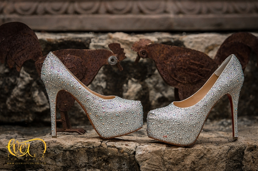 Tacones, christian loubotin, zapatos de novia en guadalajara jalisco mexico para boda zapopan salon salones haciendas para eventos fotografos de bodas en Mexico mejores lugares www.everlopezblog.com