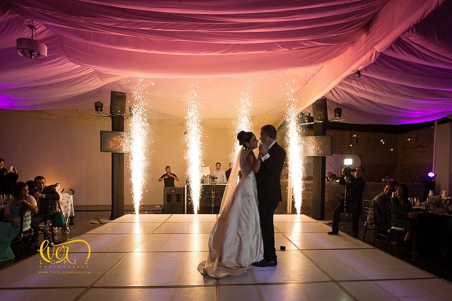 fotos boda hacienda santa lucia chef humberto zaragoza banquetes para bodas, fotografo profesional de bodas en mexico ever lopez, fotografia y video para bodas guadalajara jalisco, mexico, iluminacion, DREA dj musica para bodas.
