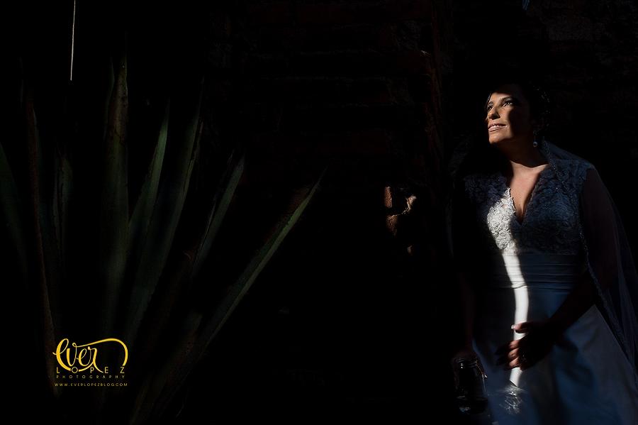 fotos boda hacienda santa lucia chef humberto zaragoza banquetes para bodas, fotografo profesional de bodas en mexico ever lopez, fotografia y video para bodas guadalajara, fotos de novia en hacienda