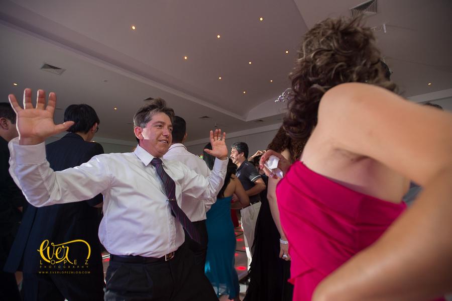 live entertainment, novios, invitados bailando, Salon de eventos Petrova, Guadalajara, Jalisco, Mexico. fotos boda, novios, baile, salon, terraza, jardin, xv años, yakarta, yacarta, fotos, fotografias