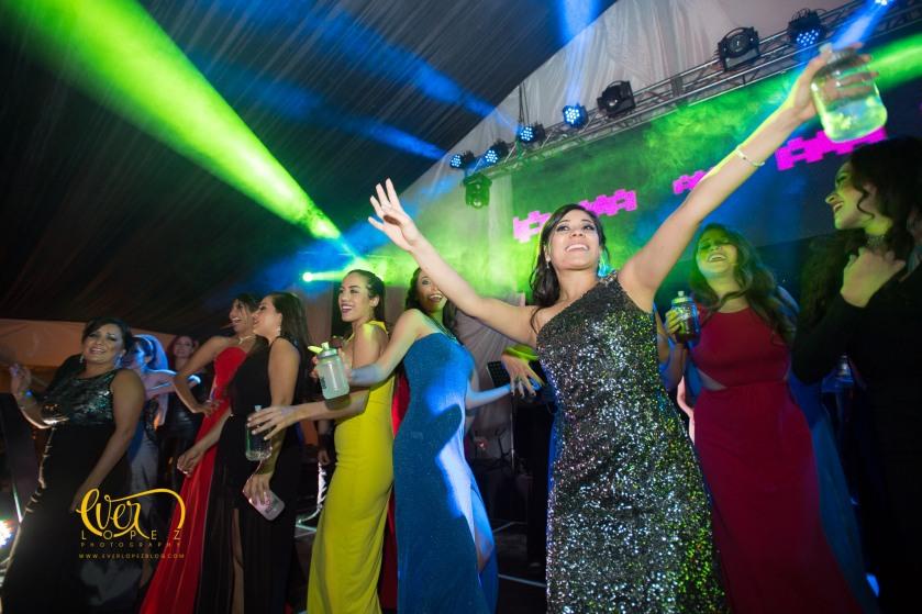 Fotos boda trasloma, iluminacion de escenario live entertainment, grupo musical para bodas, guadalajara, trasloma, luces, iluminacion