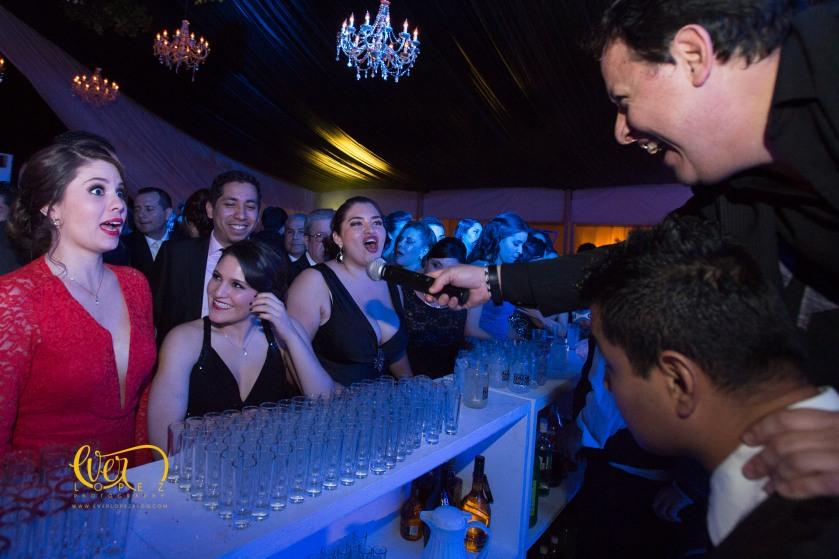 Fotografo profesional de bodas en Guadalajara, grupo live entertainment musica