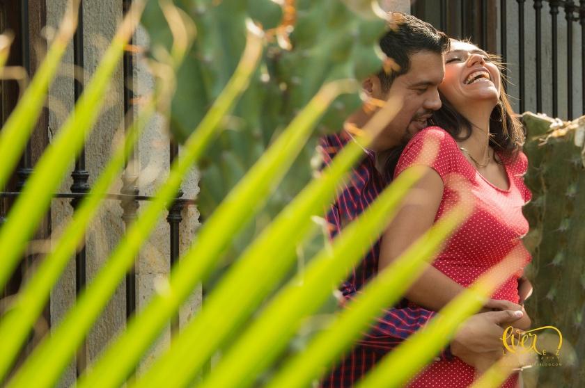 Fotografo de bodas en Tequila Jalisco Mexico, Mundo Cuervo, Hotel Los Abolengos, el solar de los abuelos, tequila cuervo, sesion de fotos de novios, fotos casuales, lugar para fotos de boda en tequila