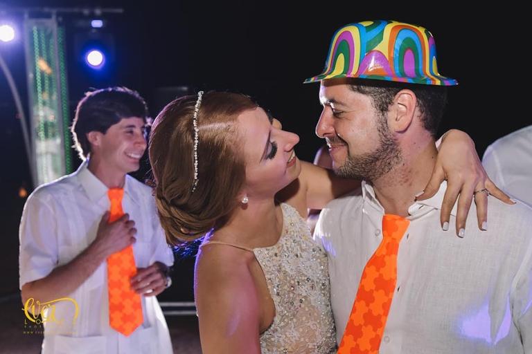 fotos de boda en hotel mayan palace puerto vallarta nuevo vallarta nayarit grand, fotografo profesional de bodas en punta de mita Ever Lopez sayulita punta monterrey, mejor, lugar, mejores, lugares, para bodas, fotografo, fotografos de bodas, baile de novios