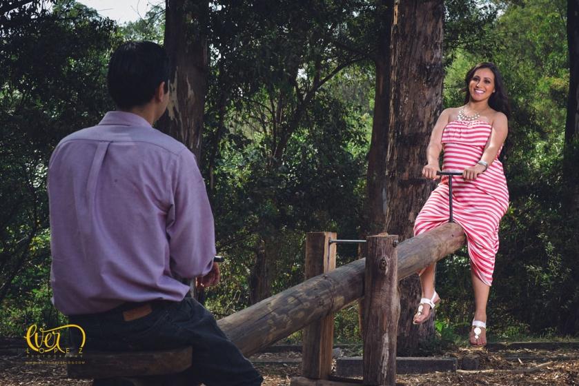 Fotografías de embarazo en Guadalajara, Jalisco Mexico. Fotografo profesional de maternidad Ever Lopez, fotos de embarazada bonita zapopan en el bosque colomos