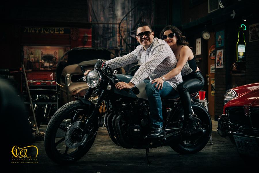 Novios en moto Guadalajara