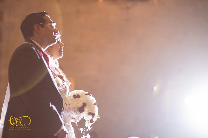 boda en el templo expiatorio Jacky Bracamontes