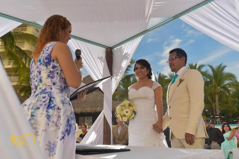 boda civil en la playa